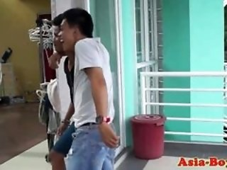Ethnic filipino teen ass bareback pounded