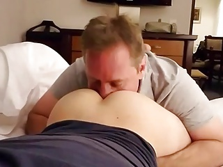 daddy sucking twink ass